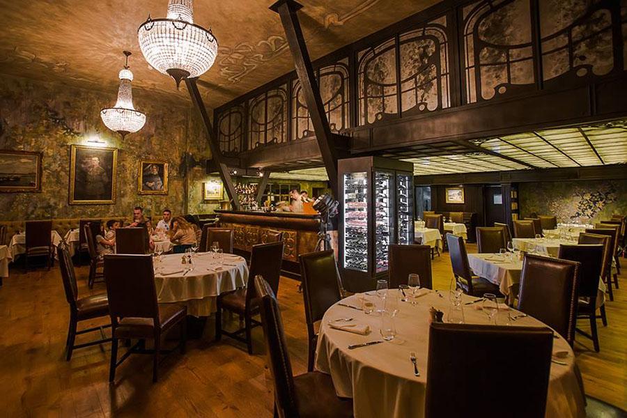 Casa Hrisicos devine din nou hotel boutique și restaurant